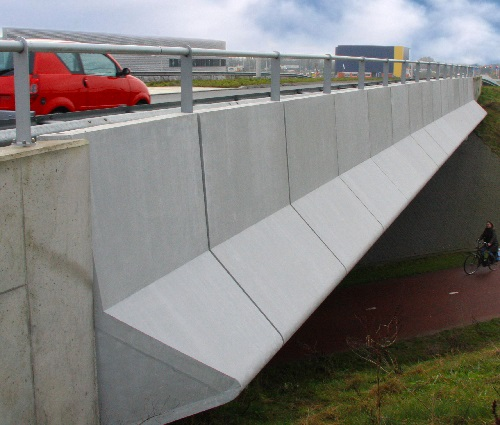 Fly-over panels - Amersfoort, The Netherlands  - Be Concrete